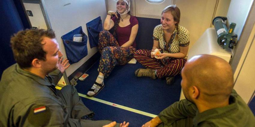 Al 143 Nederlanders uit Nepal gerepatrieerd