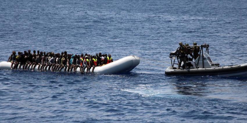 Marine redt voor 4e keer migranten