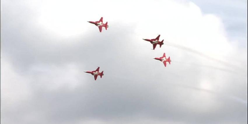 Luchtmachtdagen van start ondank crash Zwitserse straaljager