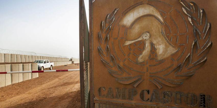 Vele doden bij bomaanslag bij Nederlands militair kamp Camp Castor