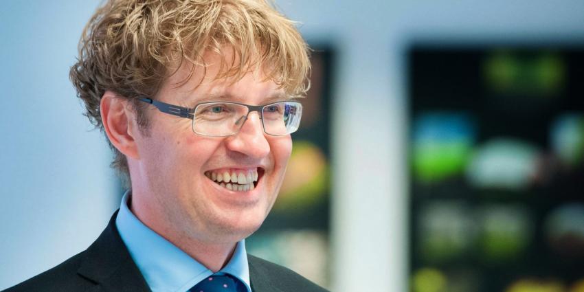 'Ideeën Dekker zorgen voor onrust in onderwijs'
