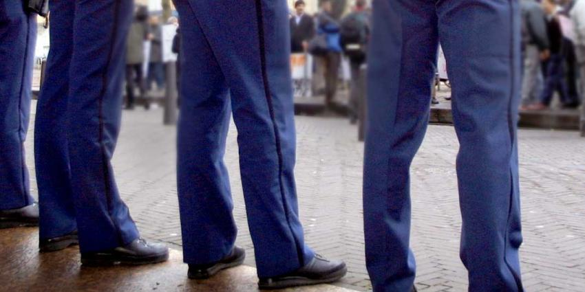 Binnenhof ziet blauw van protesterende agenten