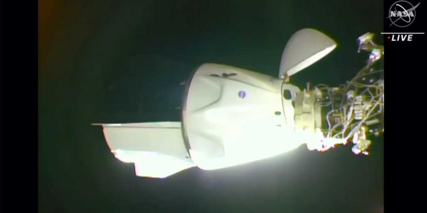 docking-spacex-crew-dragon-iss