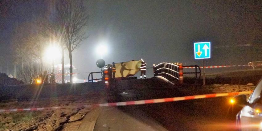 Dode langs de weg gevonden in Holtheme, man gearresteerd