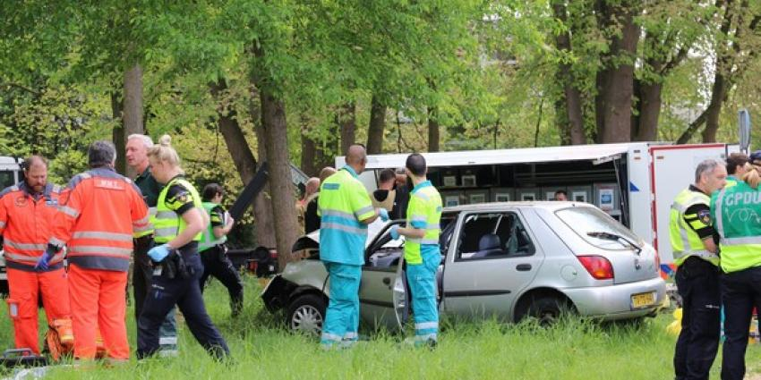 Dode en zwaargewonde bij ernstig ongeval Amsterdam