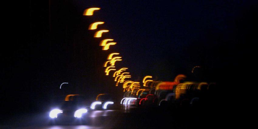 donker-auto-verlichting