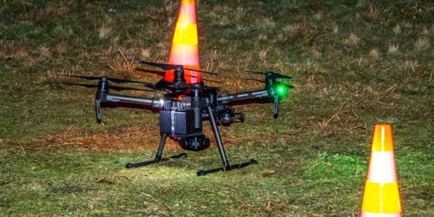 Zoekactie met drone na aantreffen mogelijk brokstuk vliegtuig voetballer Salla
