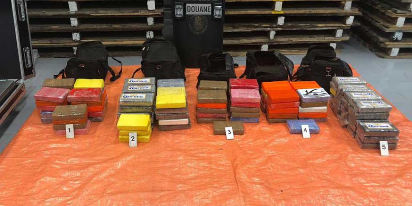 122 kilo cocaïne tussen Ferro-nikkel