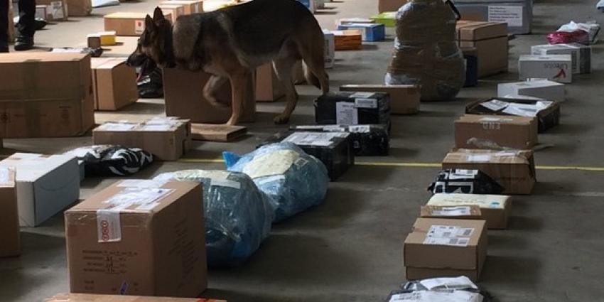 Drie aanhoudingen in onderzoek naar verzenden van postpakketten met drugs