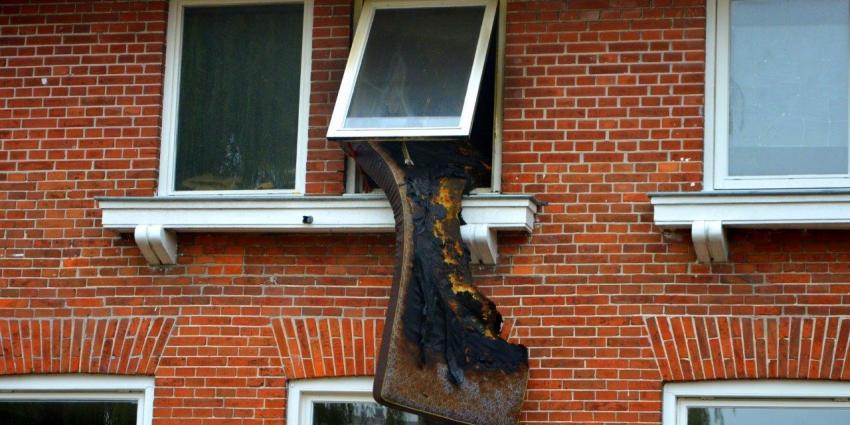 Slaapkamerbrand in Veendam snel onder controle