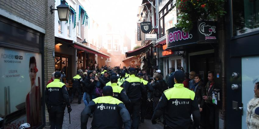 Politie moet ingrijpen bij demonstratie Pegida in Utrecht