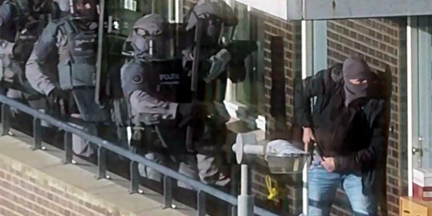 Beelden arrestaties terreurverdachten, aanslag voorkomen