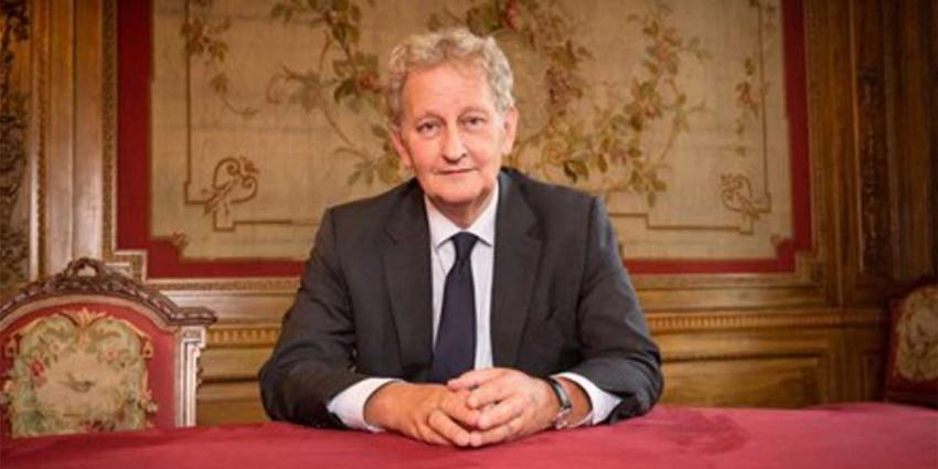 Burgemeester Eberhard van der Laan is uitbehandeld en schrijft brief aan alle Amsterdammers