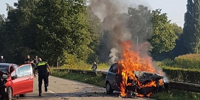 Twee ernstig gewonden bij aanrijding op Eindhovenseweg in Eindhoven
