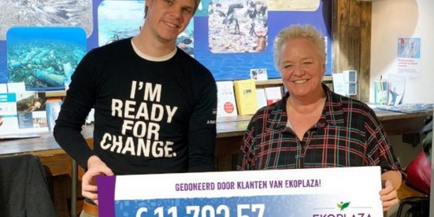 Klanten Ekoplaza doneren statiegeld aan Plastic Soup Foundation
