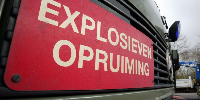 Man brengt gevonden explosief naar politiebureau