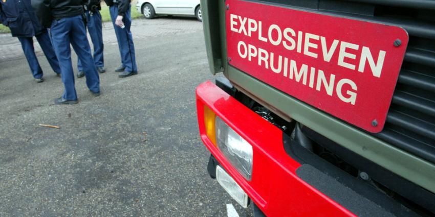 Explosief ontploft bij maaiwerkzaamheden in Uffelte