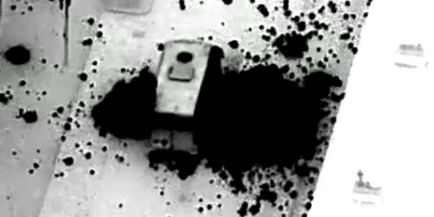 vuurwerkbom, gooien, politiebus, duindorp