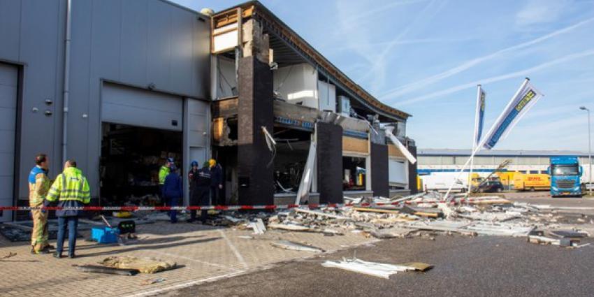 Onderzoek naar explosie bedrijfspand Rotterdam in volle gang