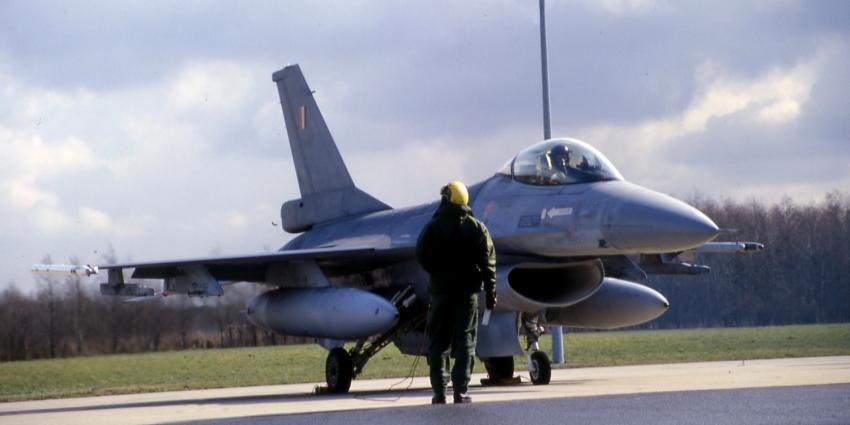 F16's onderscheppen Russische bommenwerpers