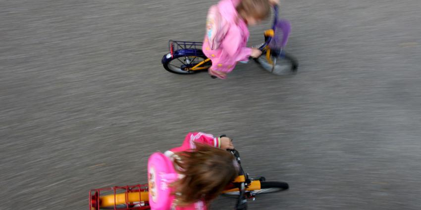 kinderen of fiets