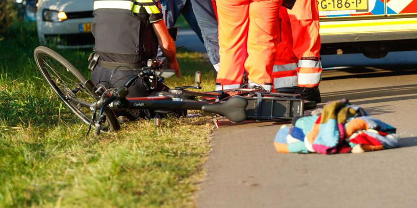 fietser-gewond-ambu