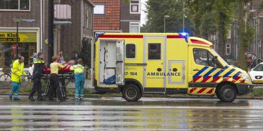 Man zwaargewond bij aanrijding Vlaardingen