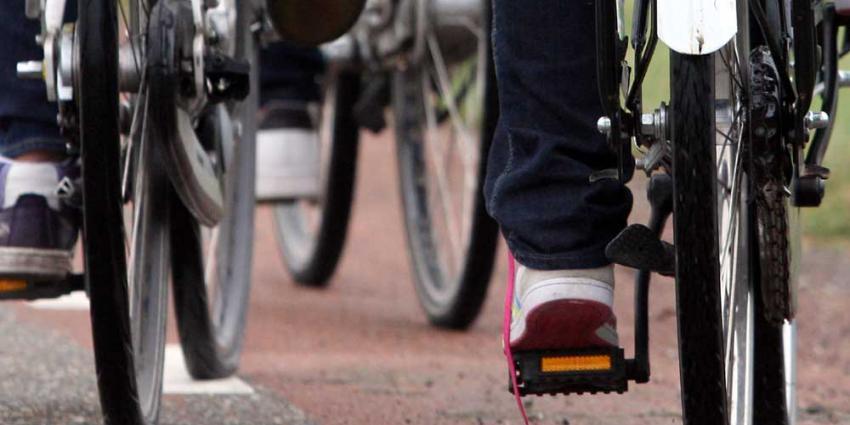 Foto van jongeren op de fiets | Archief EHF