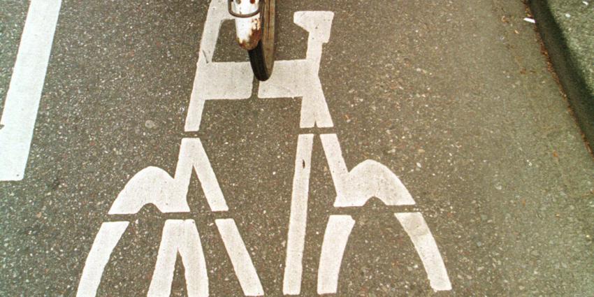 Brommerrijders voortaan op de rijbaan in Rotterdam