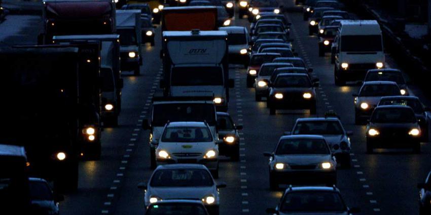 Donderdagavondspits drukste spits van het jaar, meer dan 500 kilometer file