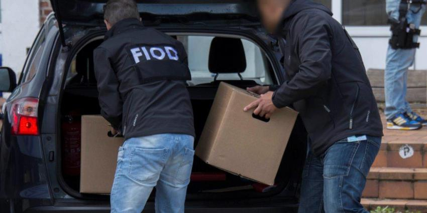 FIOD houdt 3 verdachten van faillissementsfraude en witwassen aan