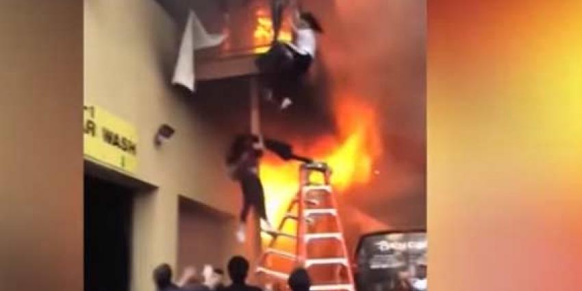 Omstanders redden jonge danseressen uit brandende dansstudio