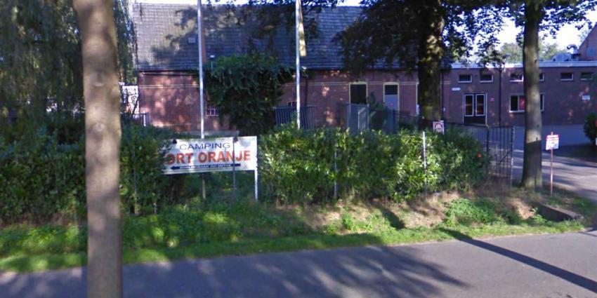 Politie houdt twee mannen aan op Fort Oranje