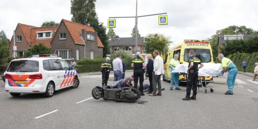 Aanrijding tussen scooter en auto