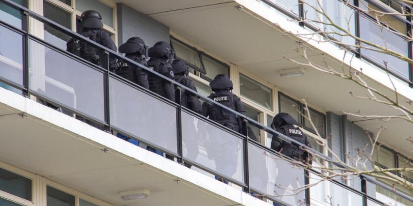 Arrestatieteam doet inval na woningoverval