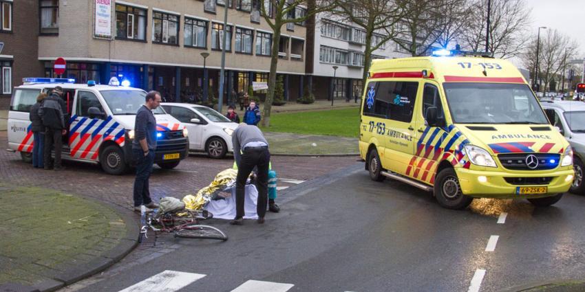 Fietser gewond bij aanrijding met auto