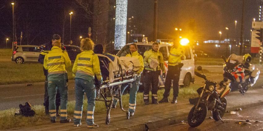 Bromfietser gewond bij aanrijding Vlaardingen