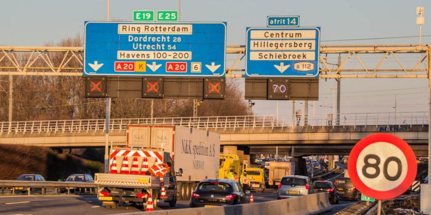 Lange files na ongeval A20 bij Rotterdam