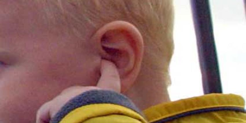 Alarm om gehoorverlies jonge kinderen