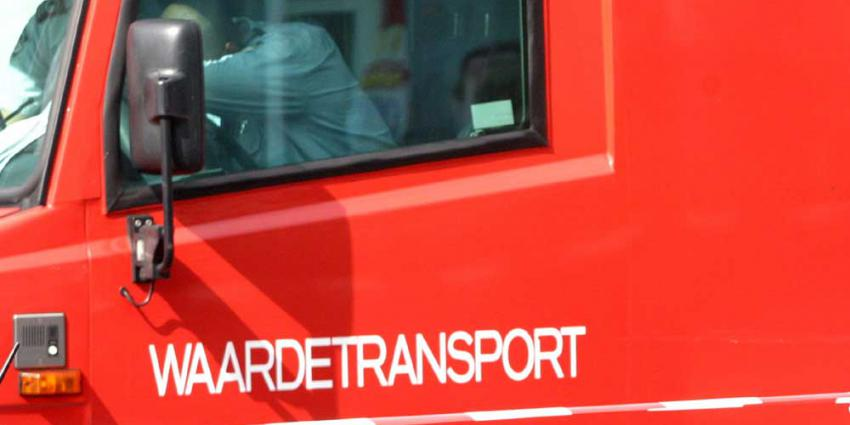 Chauffeur geldtransportwagen aangehouden om verdacht gedrag