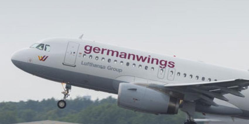 Herdenkingsdienst  in Keulse Dom voor slachtoffers vliegramp Germanwings