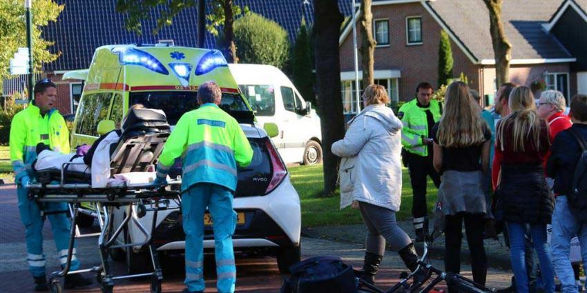 Fietser gewond na aanrijding met auto in Gieten