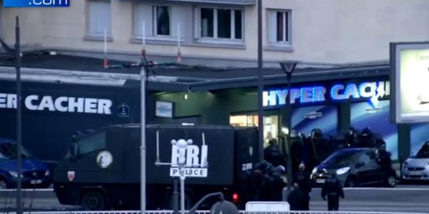 Frankrijk grijpt 'militair' in tegen terreur