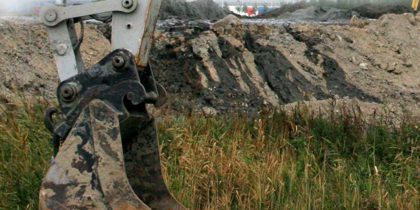 Graafkraanmachinist overleden na ongeval met omgevallen heipaal