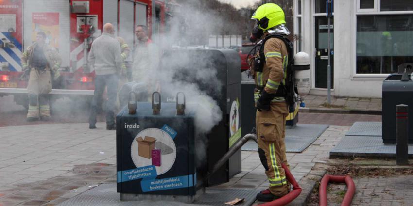 'Er komt rook uit de ondergrondse container'
