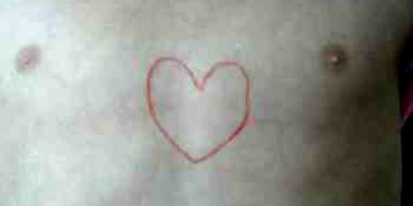 Irene Moors komt brief orgaandonatie persoonlijk langsbrengen