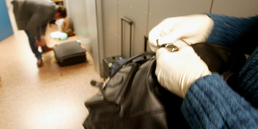 foto van koffer   fbf