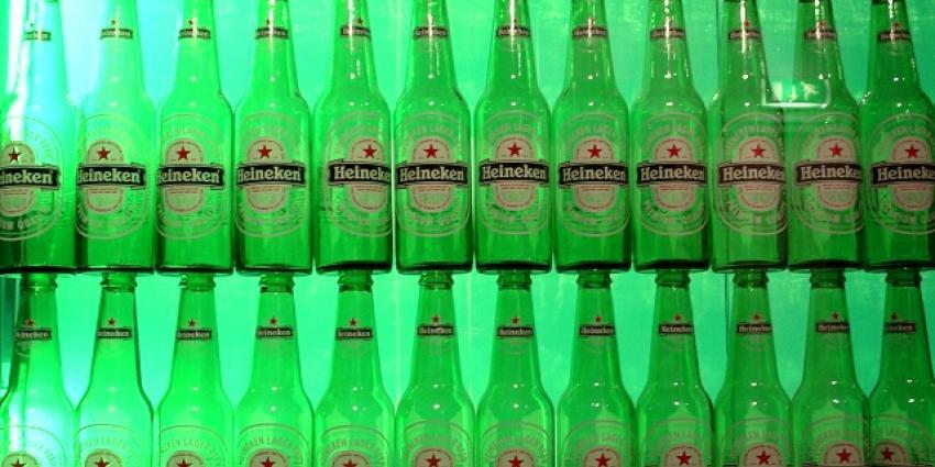 Supermarktketen adverteert met 'Heineken Pis'