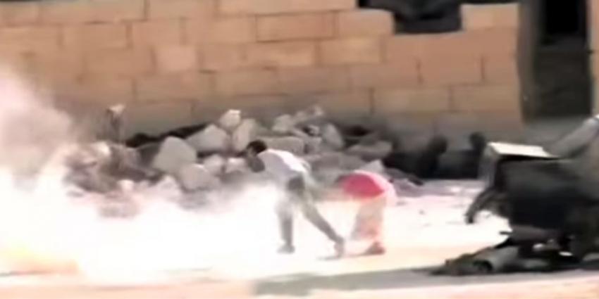 Heldendaad Syrisch jongetje blijkt in scène gezet
