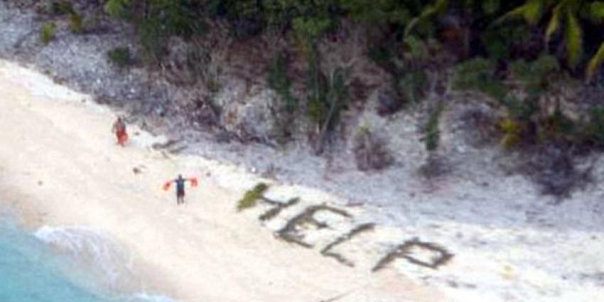 Schipbreukelingen gered van onbewoond eiland door spellen van 'HELP'